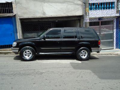 Ford Explore v6 xlt