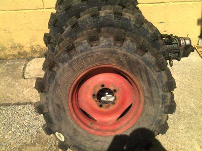 pneu cravo