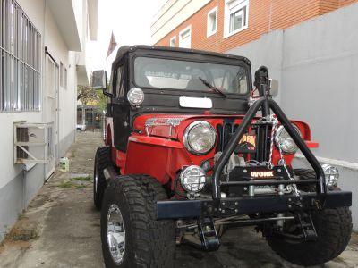 Jeep Willys 1947 vermelho