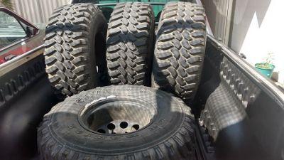 4 pneus mud 33 com rodas